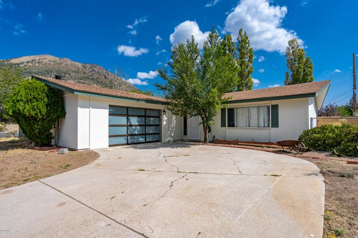3766 N Pine Drive, Flagstaff, AZ 86004