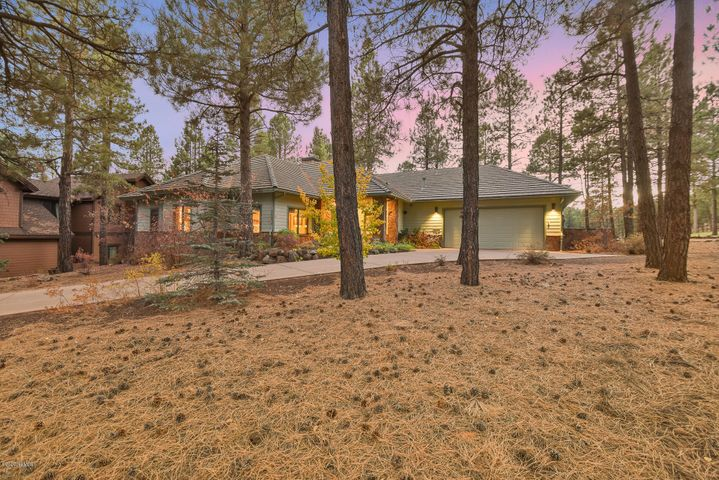 4015 Pack Saddle, Flagstaff, AZ 86005