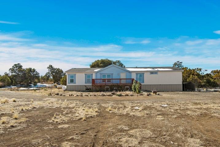 5490 Foster Road, Flagstaff, AZ 86004