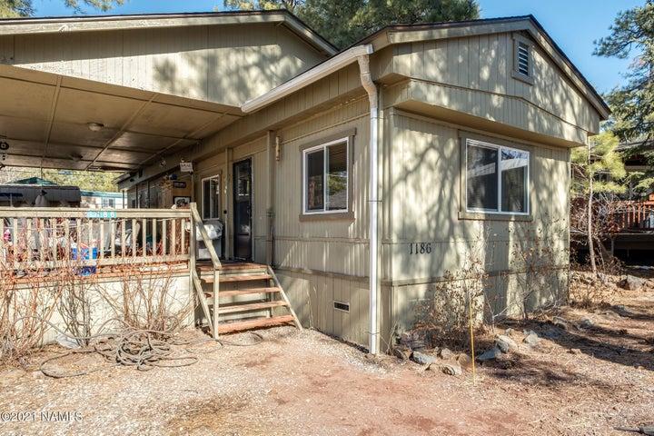 1186 E Coyote Road, Munds Park, AZ 86017