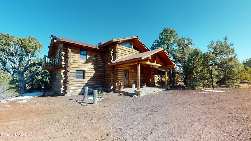 Spectacular True Log Custom Built Home on 10 Acres!
