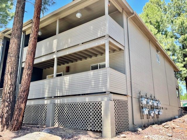 1385 W University Avenue, 3-117, Flagstaff, AZ 86001