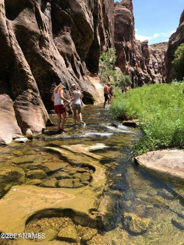 This beautiful canyon is only approx 1 mile from the property
