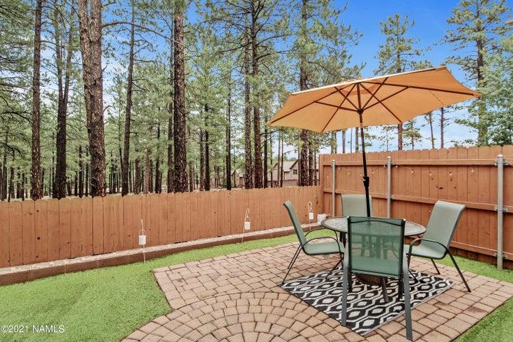 2806 S Fieldstone Lane, Flagstaff, AZ 86001