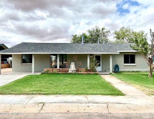 137 Navajo Drive, Winslow, AZ 86047
