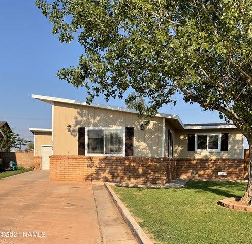 1124 N Williamson Avenue, Winslow, AZ 86047