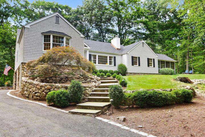 15 Partridge Road, New Canaan, CT 06840