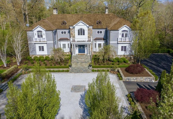 309 Lukes Wood Road, New Canaan, CT 06840
