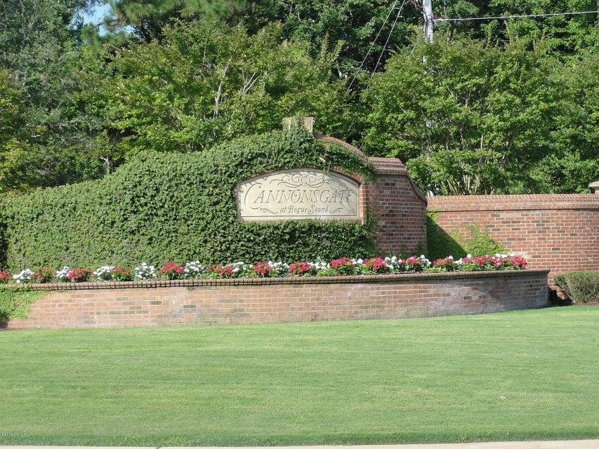 747 Cannonsgate Drive, Newport, NC, 28570   MLS #11400986