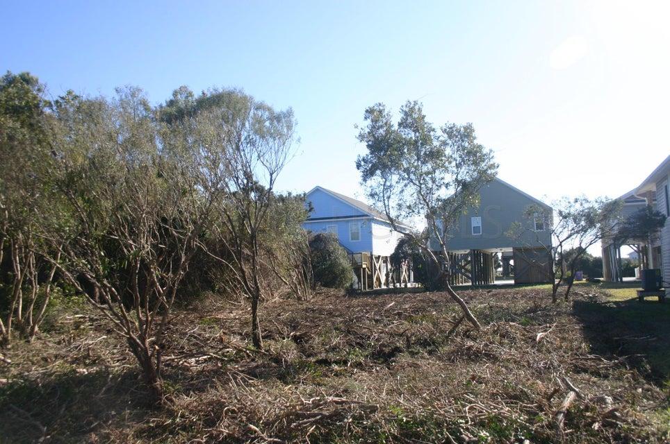 4015 E Pelican Drive Oak Island, NC 28465
