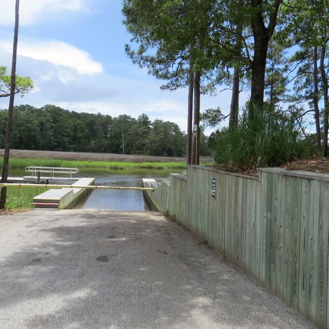 5272  Walden Court Southport, NC 28461