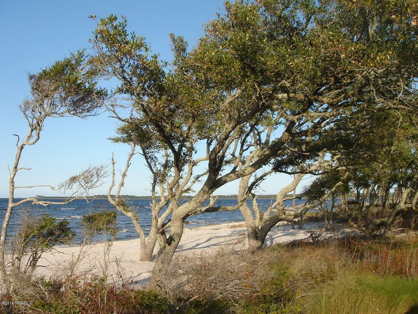 236 Sandy Point Drive, Beaufort, NC, 28516 | MLS #100015583