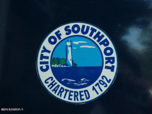 4094 Honey Locust Way Southport, NC 28461