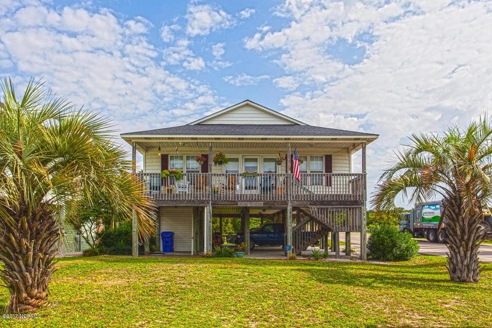 102 W Pelican Drive Oak Island, NC 28465