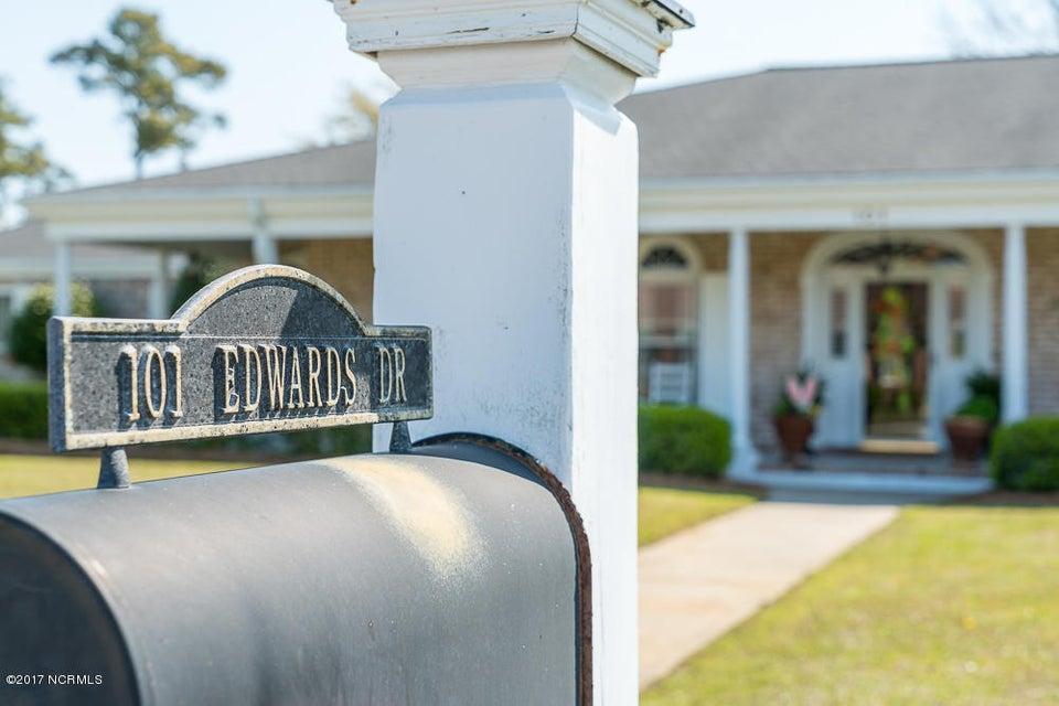 101 Edwards Drive #& Boatslip, Morehead City, NC, 28557   MLS #100058012