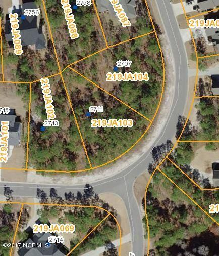 2711  Shady Pine Circle Southport, NC 28461