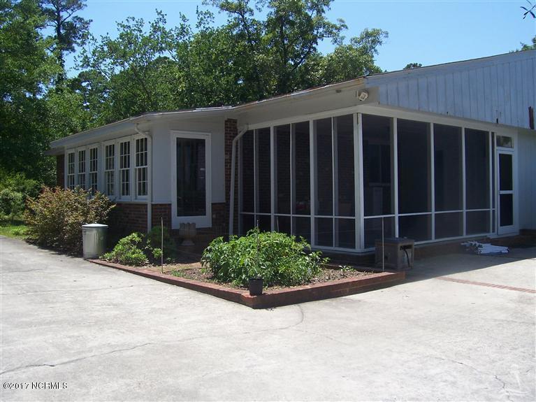 505  Norton Street Oak Island, NC 28465