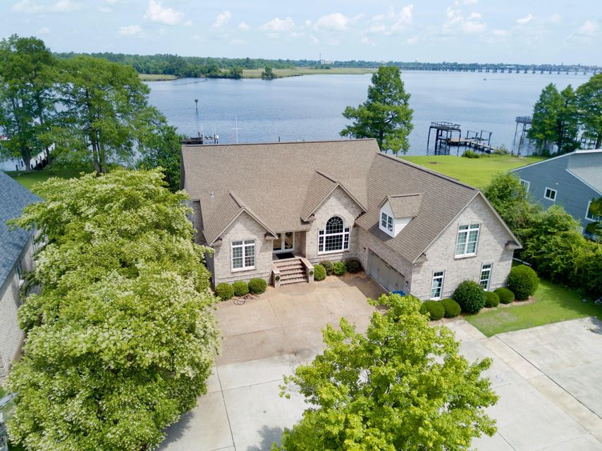 612 madam moores lane new bern nc 28562 for Custom homes new bern nc