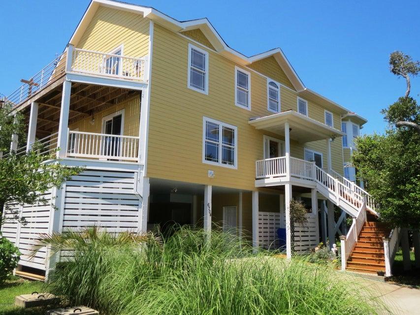 6704  Loggerhead Court Oak Island, NC 28465
