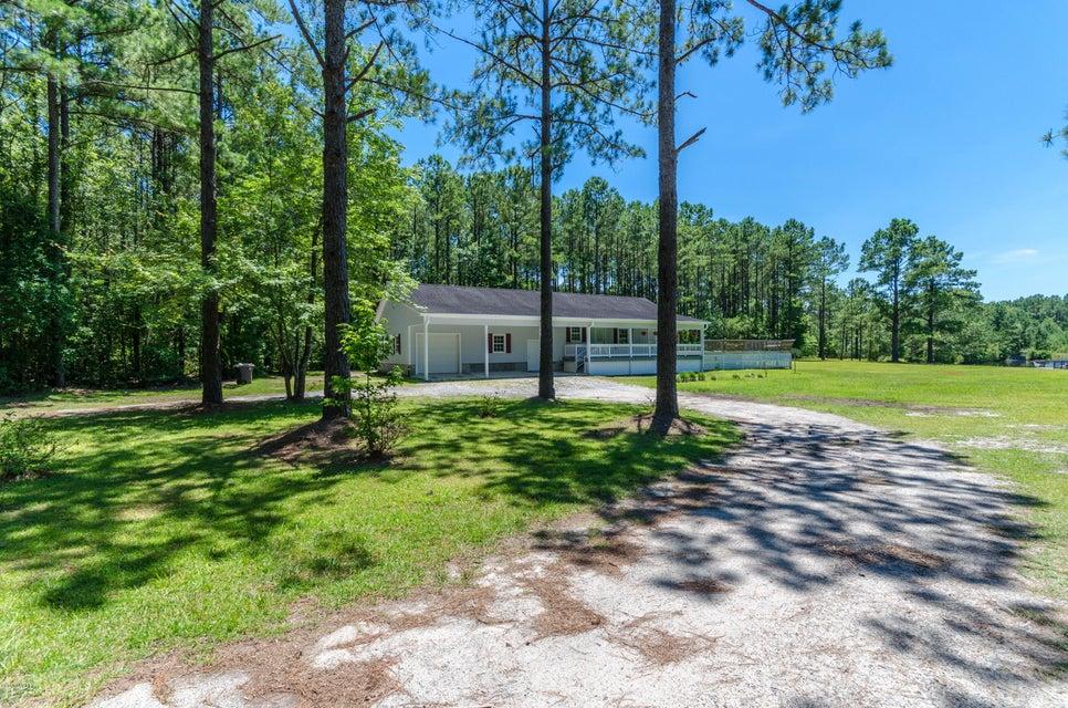 205 Mill Creek Road, Stella, NC 28582