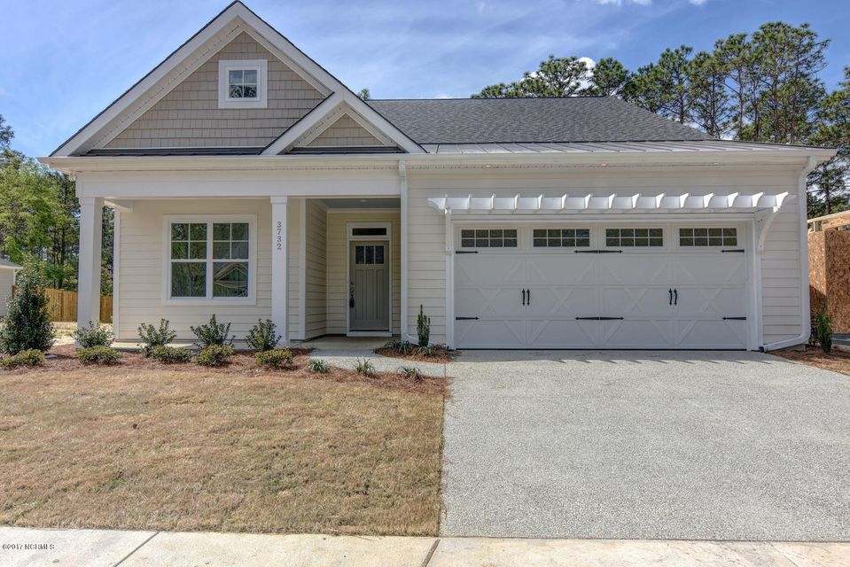 3733 Echo Farms Boulevard, Wilmington, NC 28412