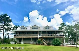 354 W South Shore Road Southport, NC 28461