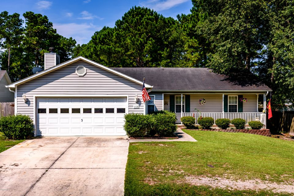808 Wood Creek Drive, Hubert, NC, 28539 | MLS #100075755