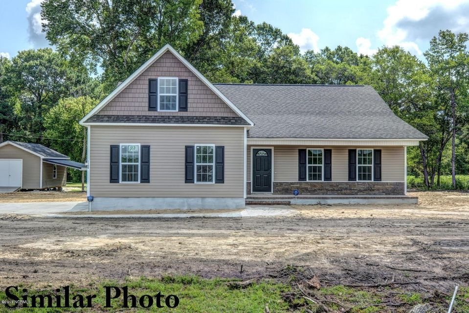 210 Gilcrest Drive, Jacksonville, NC 28540