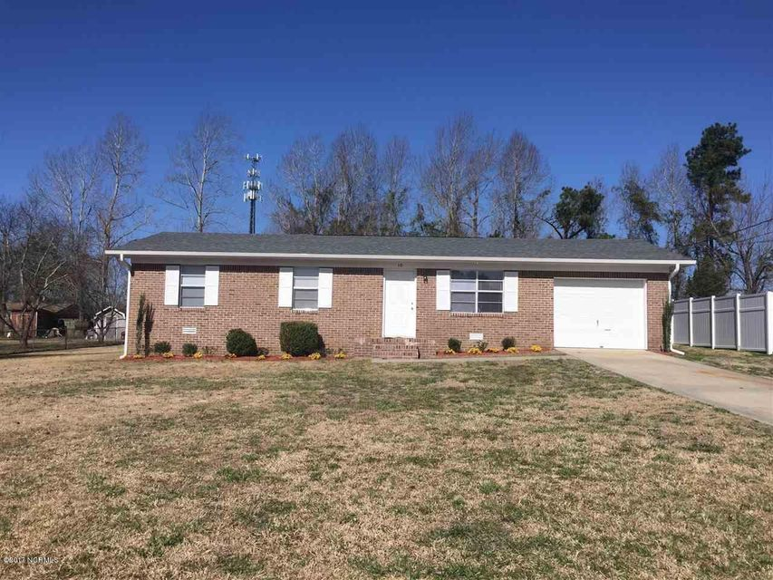 10 Colonial Drive, Jacksonville, NC 28546