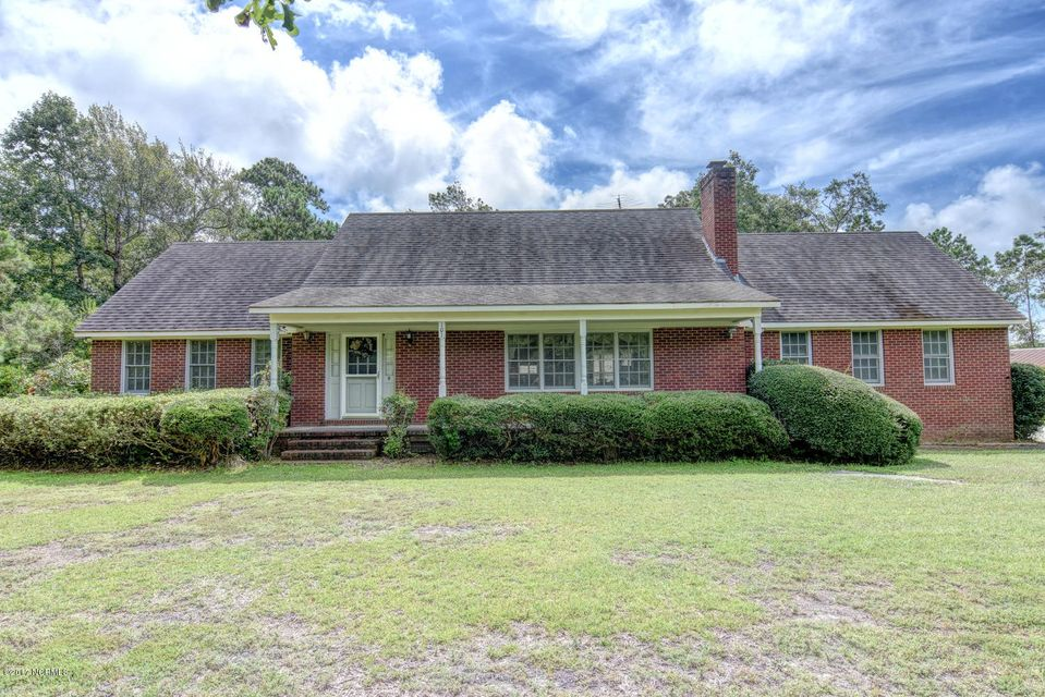 101 Harbor Point Road, Sneads Ferry, NC 28460