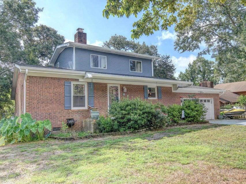 804 Soundview Drive, Hampstead, NC 28443