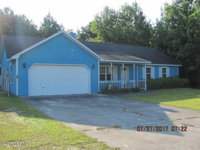 135 Daphne Drive, Hubert, NC 28539