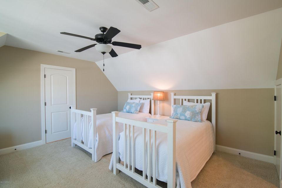 2819  Pine Forest Drive Southport, NC 28461