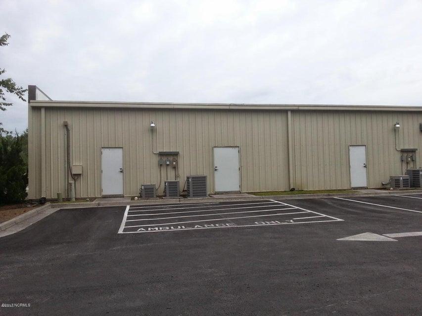 3280 Henderson Drive, Jacksonville, NC, 28546   MLS #100058520