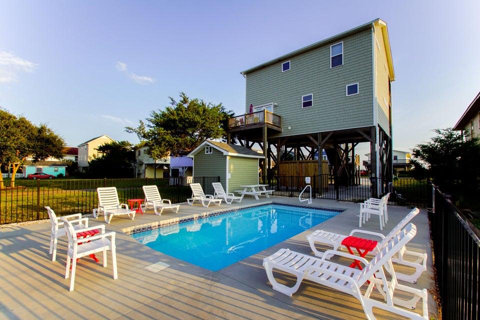 1614 E Beach Drive Oak Island, NC 28465