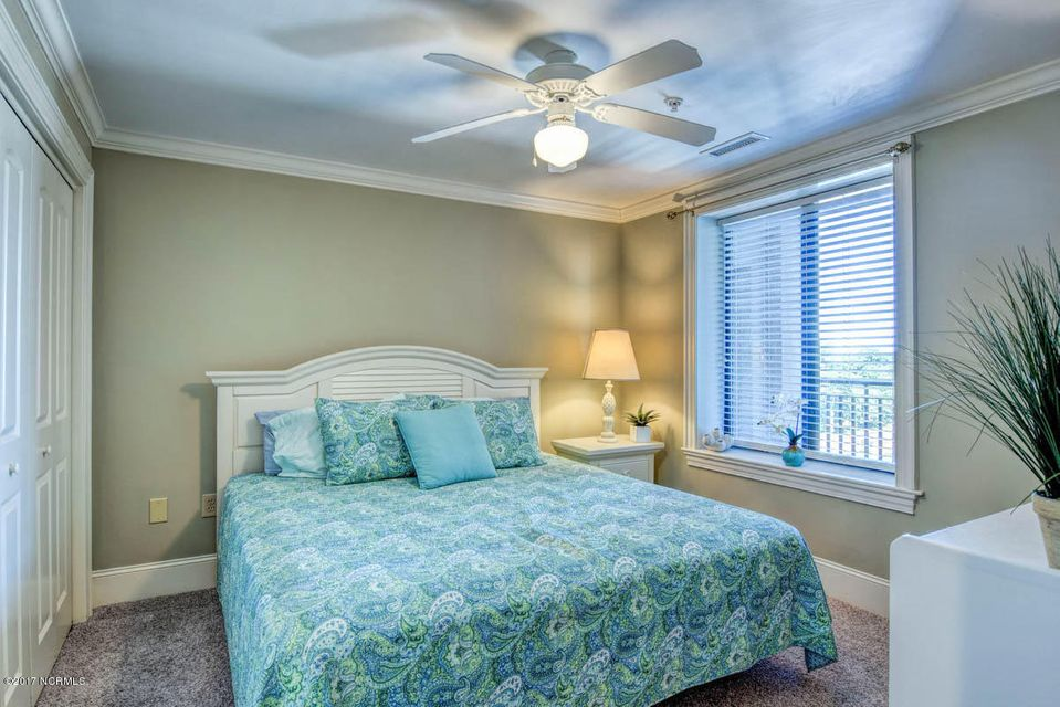 4425 Arendell Street #702 & 55′ Boat Slip, Morehead City, NC, 28557 | MLS #100084690