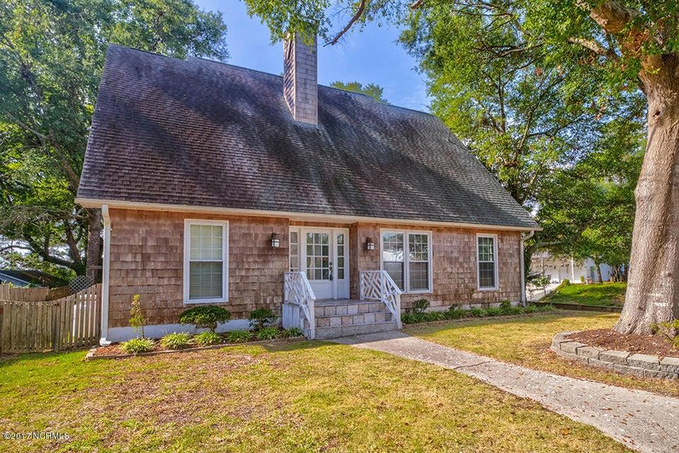 106 SE 24TH Street Oak Island, NC 28465