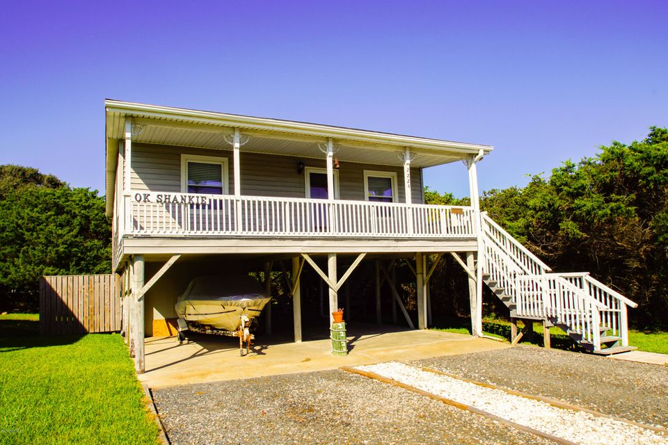 2224 E Dolphin Drive Oak Island, NC 28465