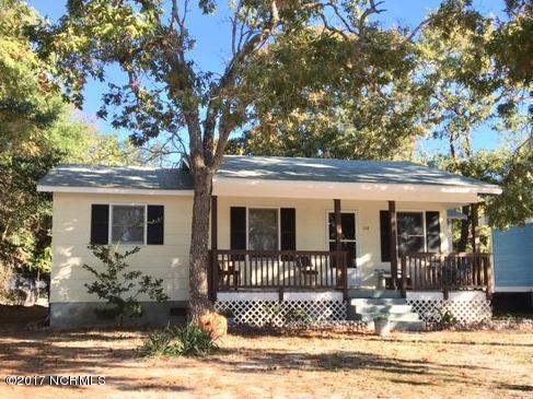 114 NE 28TH Street Oak Island, NC 28465