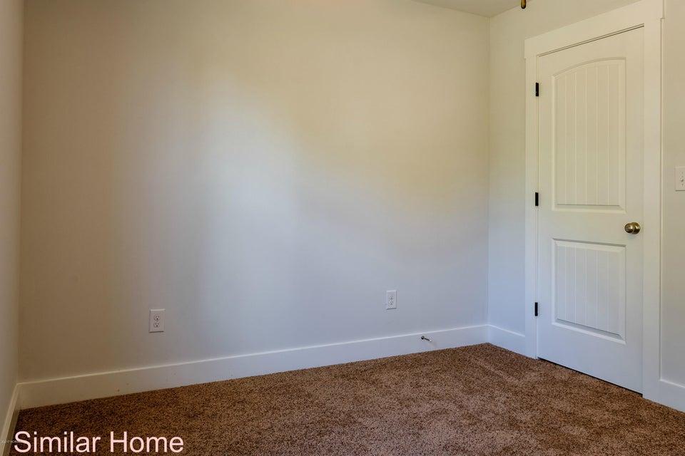303 Holbrook Lane, Hubert, NC, 28539 | MLS #100093601