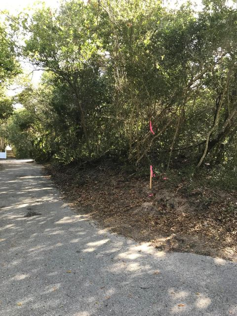 304 SE East Beach Drive Bald Head Island, NC 28461