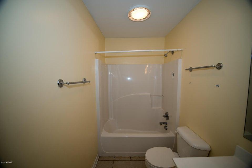 136 Avon Drive, Hubert, NC, 28539 | MLS #100095959