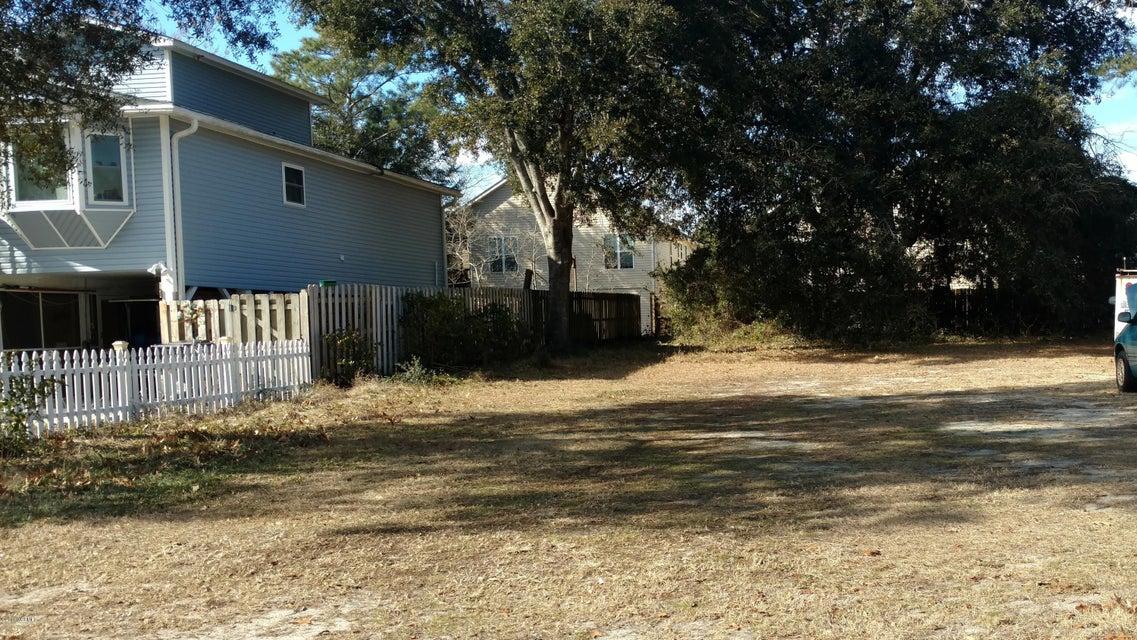 135 NE 30TH Street Oak Island, NC 28465