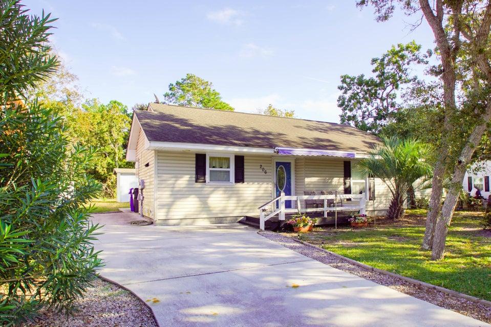 206 NE 56TH Street Oak Island, NC 28465