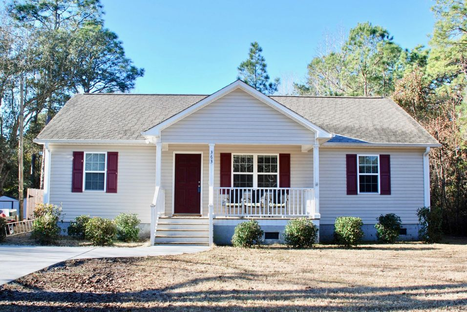 363  Holly Road Southport, NC 28461