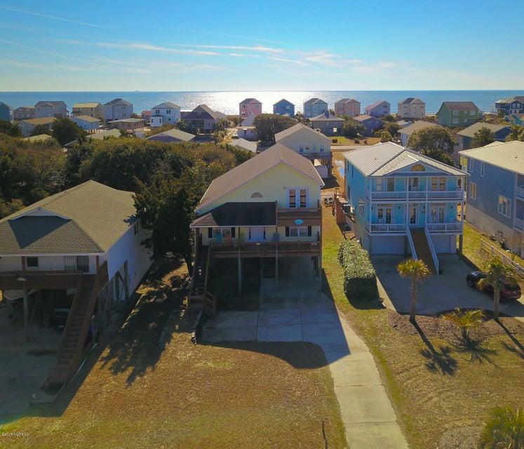 2211 E Pelican Drive Oak Island, NC 28465