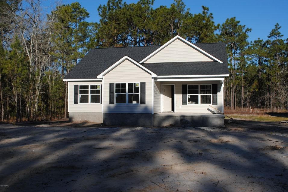 547  Greenmoss Road Boiling Spring Lakes, NC 28461