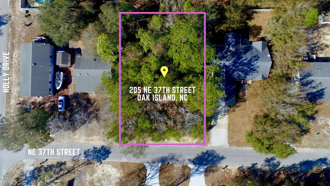 205 NE 37TH Street Oak Island, NC 28465