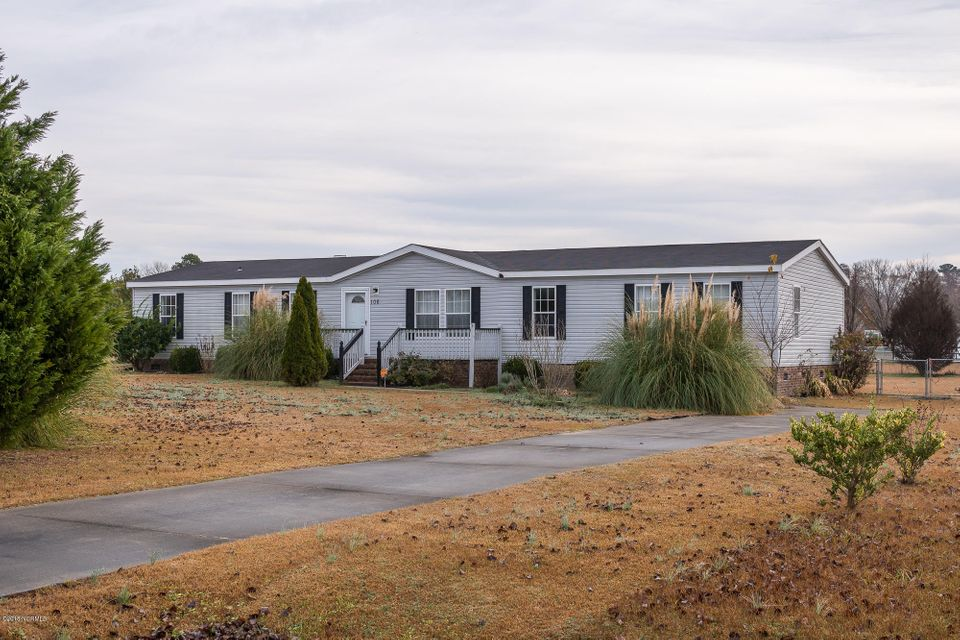 106 Wildflower Way, Stella, NC, 28582   MLS #100103615