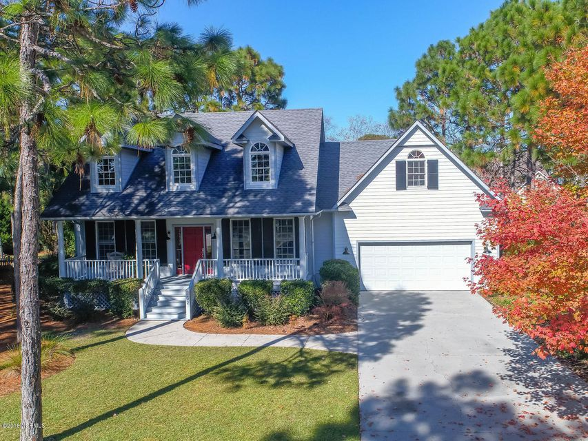 3292  St James Drive Southport, NC 28461